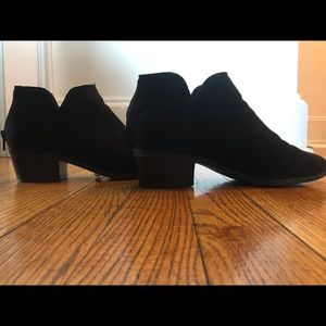 Express black ankle booties